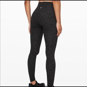 NWT- Lululemon align leggings- size 6